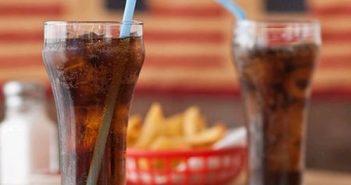 Tác hại của nước ngọt đối với gan của bạn!