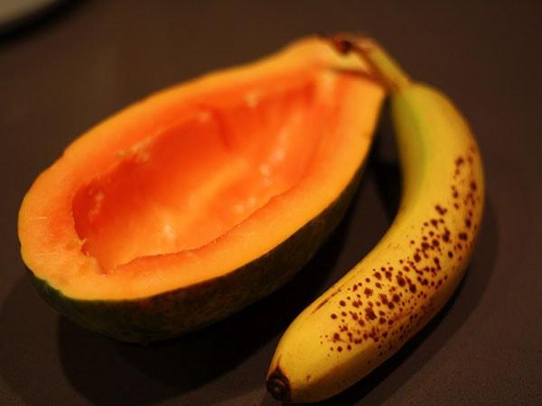 Bị đau dạ dày có ăn đu đủ và chuối tiêu được không?