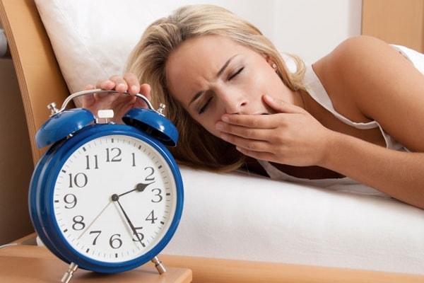 Phải làm gì khi luôn cảm thấy buồn ngủ? 1
