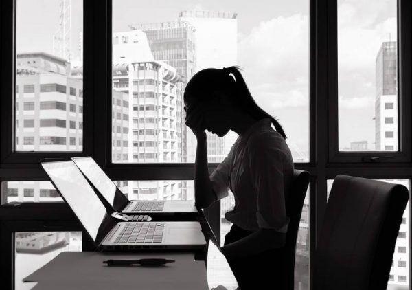 10 dấu hiệu bạn đã mắc bệnh trầm cảm do áp lực công việc 1