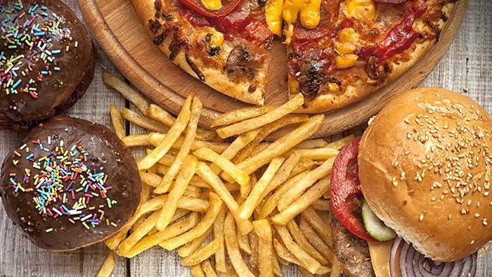 Bạn nên tránh những thực phẩm giàu chất béo khi bị gan nhiễm mỡ