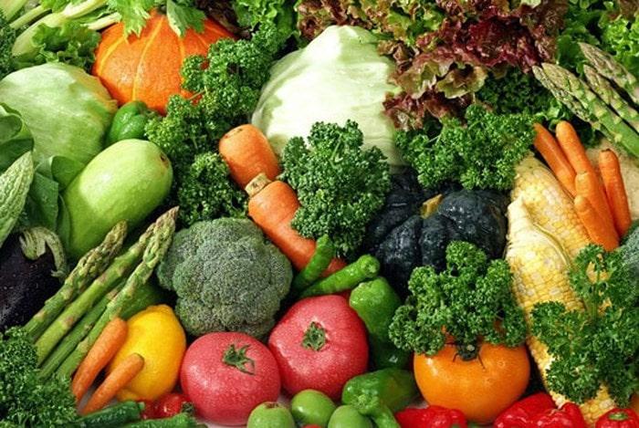 Hoa quả và rau xanh không thể thiếu được trong bữa ăn hàng ngày
