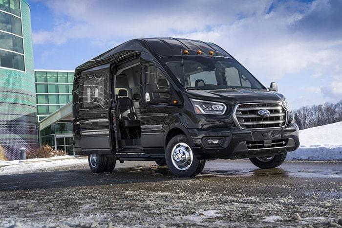 Ford Transit là dòng xe du lịch được ưa chuộng