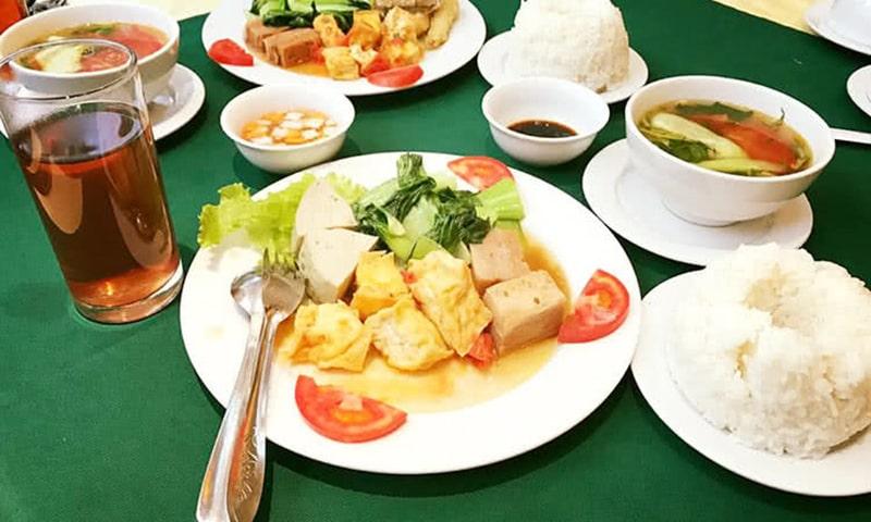 https://nuongthom.net/tin-tuc/kham-pha-nhung-quan-cafe-danh-rieng-cho-dan-van-phong-o-ha-noi/